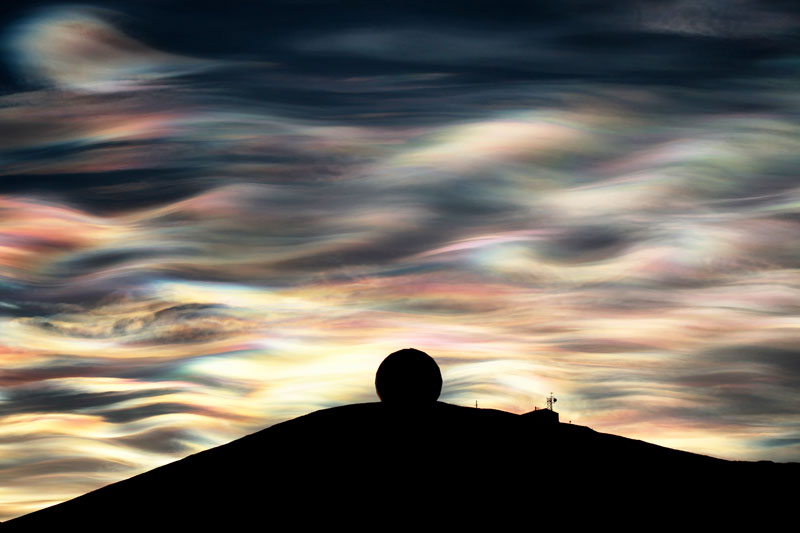 polar-stratospheric-clouds-nacreous-clouds-antarctica-by-deven-stross-1