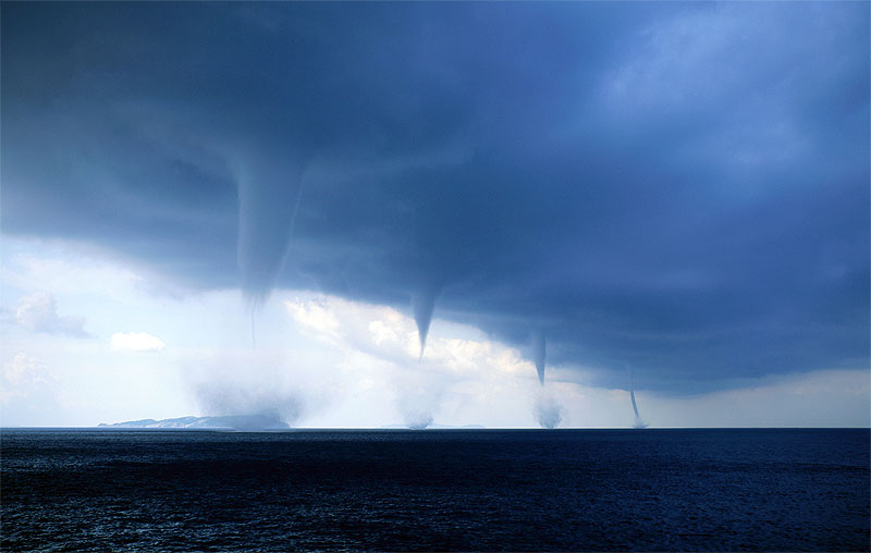 waterspouts-over-the-adriatic-sea