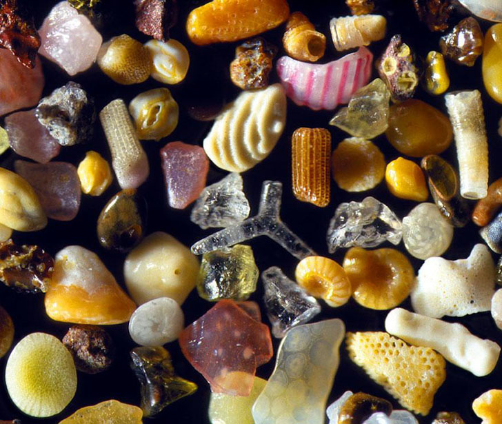 sand-magnified-4