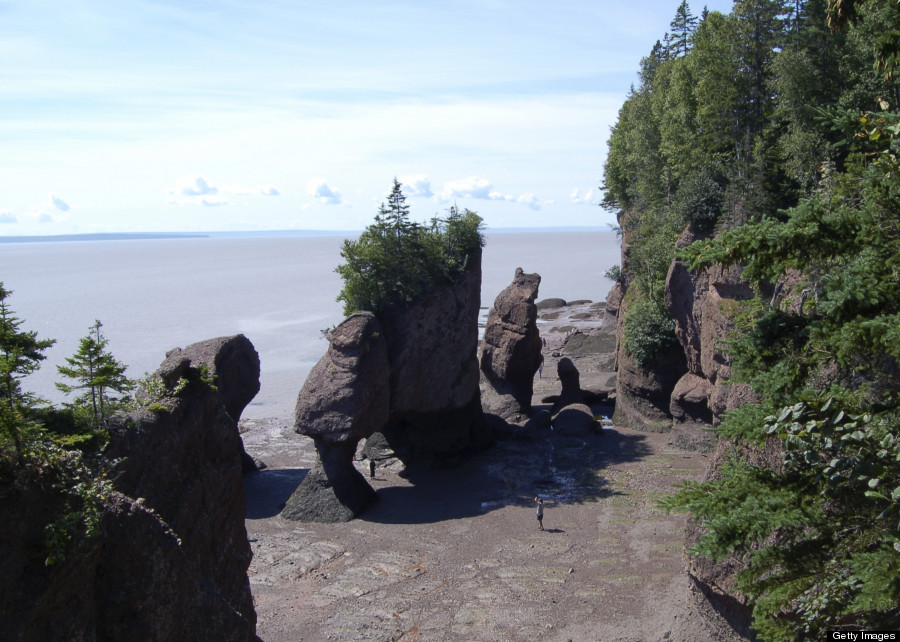 o-BAY-OF-FUNDY-900