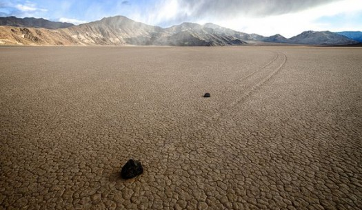 4-sailing-rocks-death-valley (1)