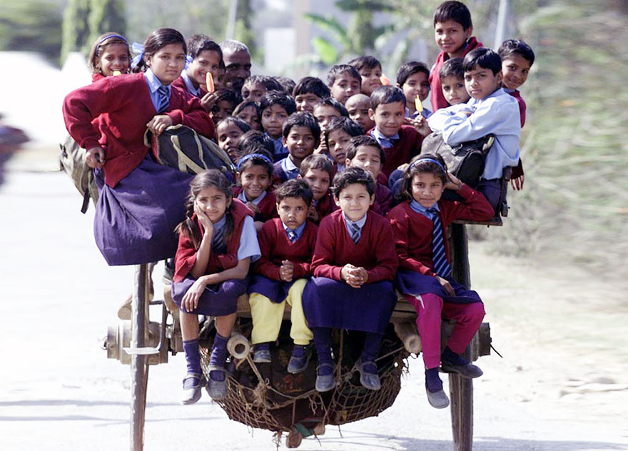 Ces enfants qui empruntent les chemins les plus dangereux du monde pour aller à l'école Children-going-to-school-around-the-world-55